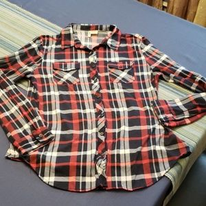 Tops - Plaid Button Down Long Sleeve
